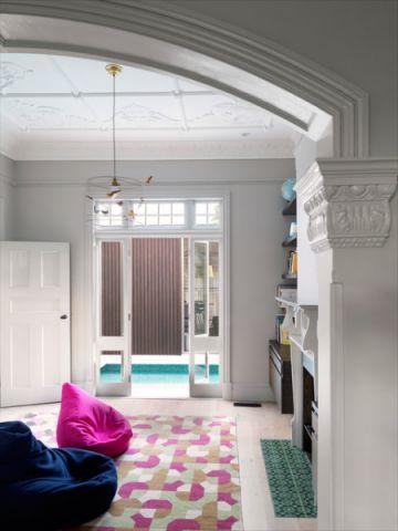 儿童房白色门厅混搭风格装潢图片