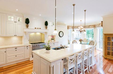 厨房美式风格效果图大全2017图片_土拨鼠清新富丽厨房美式风格装修设计效果图欣赏