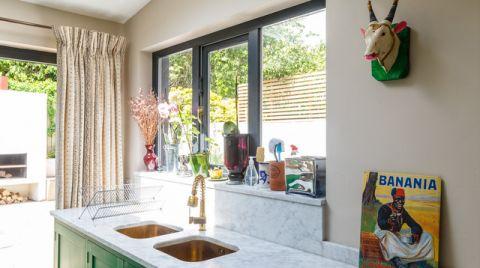 厨房窗台混搭风格装潢设计图片