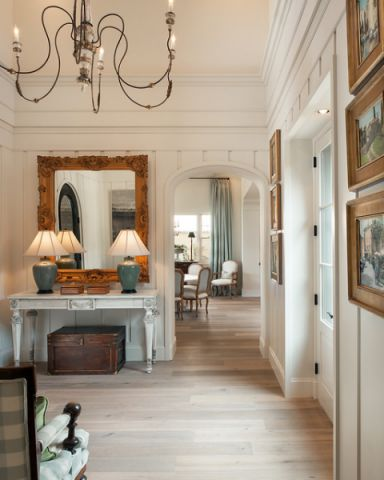 玄关咖啡色走廊美式风格装饰图片
