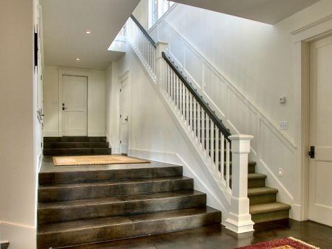 灰色楼梯美式风格装饰效果图