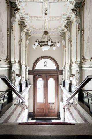 玄关灰色门厅简欧风格装饰图片