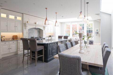 厨房灰色餐桌简欧风格装饰图片