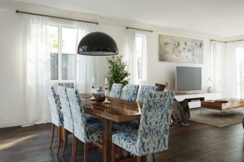 餐厅蓝色餐桌简欧风格装修设计图片