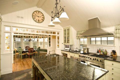 厨房米色厨房岛台简欧风格效果图