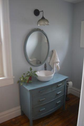 卫生间蓝色梳妆台简欧风格装饰设计图片
