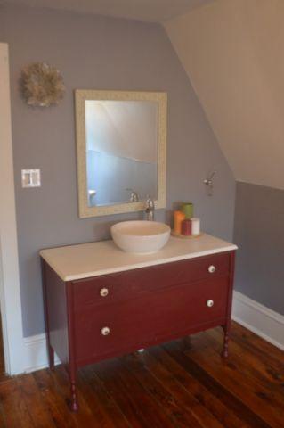卫生间白色梳妆台简欧风格装修效果图