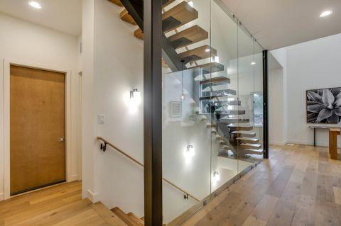 玄关楼梯现代风格装潢图片