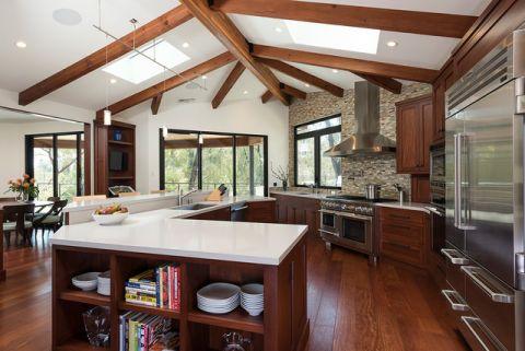 厨房白色吧台现代风格装潢效果图