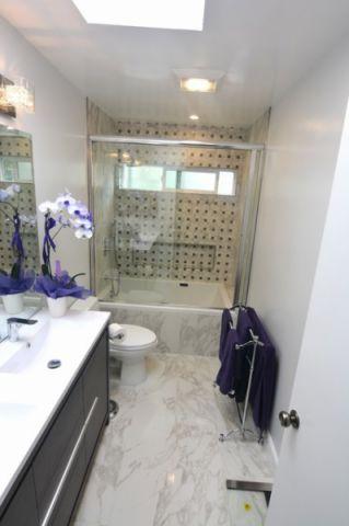 浴室白色细节现代风格装修图片