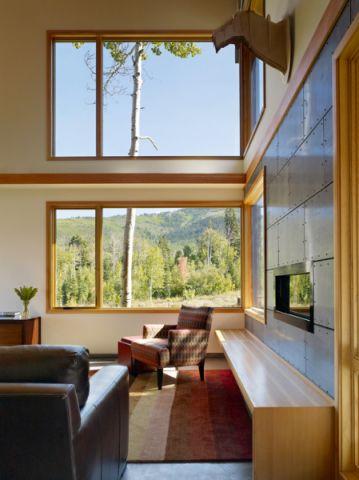 客厅窗台现代风格装饰效果图