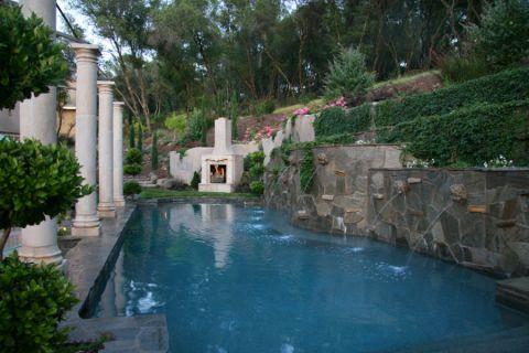 花园泳池美式风格装饰效果图