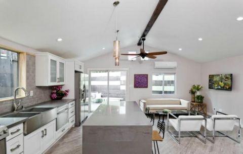 厨房灰色厨房岛台现代风格装潢设计图片