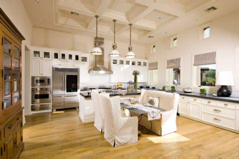 厨房白色吊顶地中海风格装饰设计图片