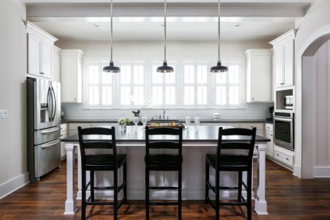 2021美式240平米装修图片 2021美式庭院装修效果图大全