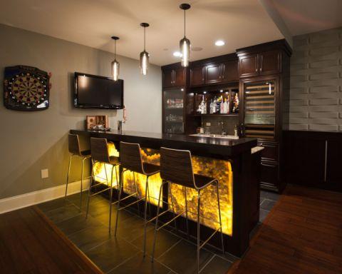 2019美式地下室效果图 2019美式酒窖装饰设计