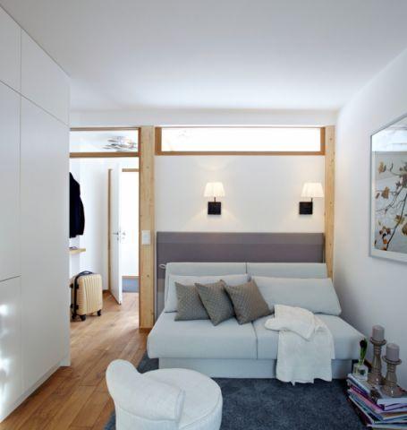 现代风格四居室137平米装修图片