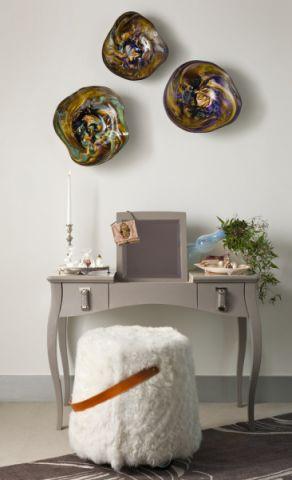 卧室灰色小梳妆台设计图欣赏