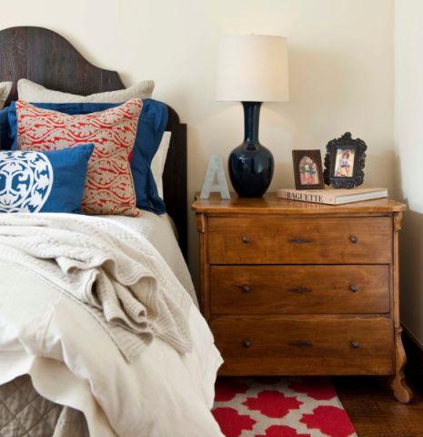 卧室灯具地中海风格装修效果图