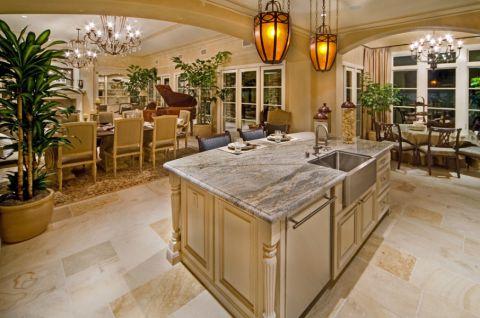 厨房白色厨房岛台地中海风格装饰效果图