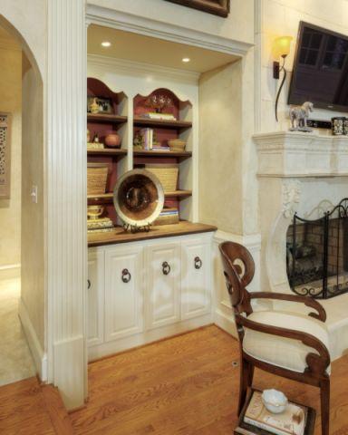 客厅白色走廊美式风格效果图