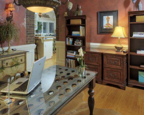书房红色背景墙美式风格装修图片