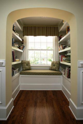 格调书房飘窗设计效果图