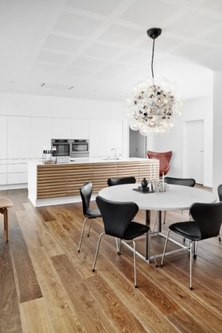 现代风格四居室157平米装修图片