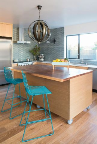 厨房吧台现代装潢设计图片