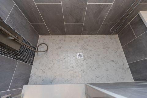 华丽现代白色地砖装修实景图片