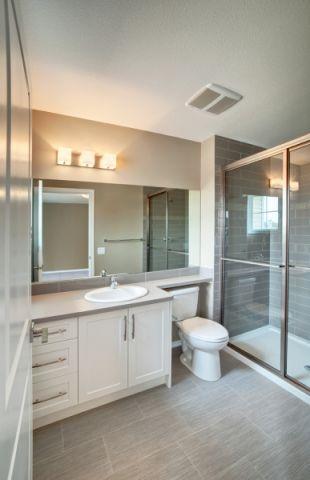 2019现代浴室设计图片 2019现代隔断装修设计