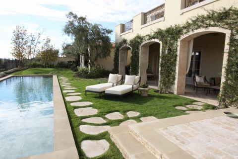 地中海花园泳池家装设计