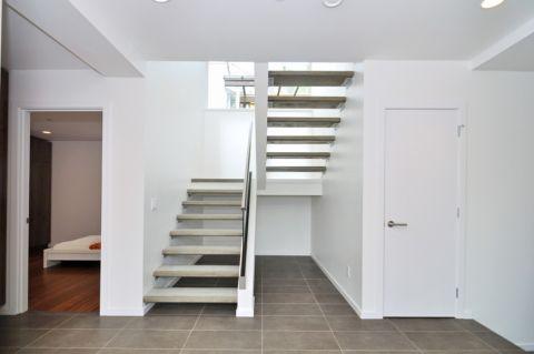 别墅125平米现代风格装修图片