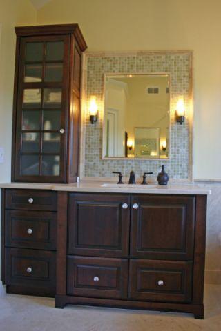 美式浴室背景墙室内装修设计
