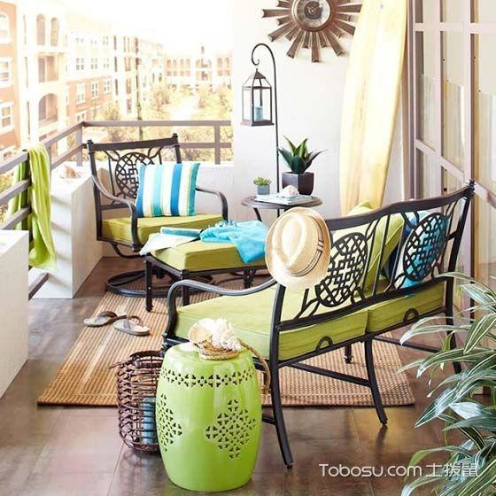 阳台绿色沙发田园风格装潢设计图片