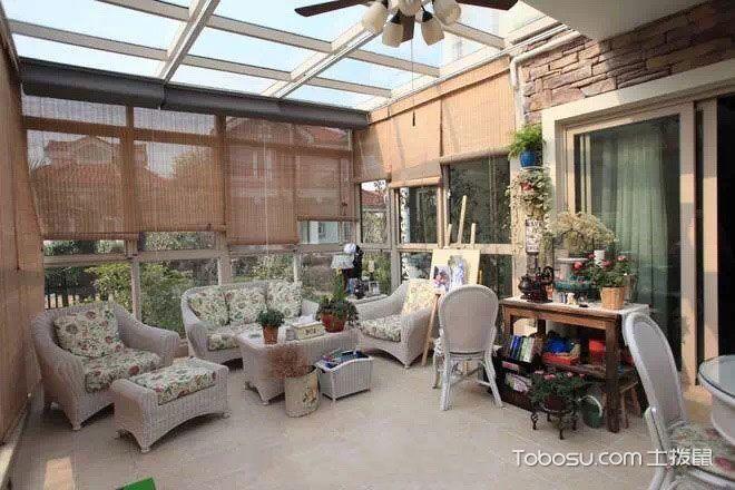 抬头风景线  10款阳台装修吊顶设计图
