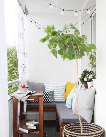 阳台沙发美式风格装饰设计图片