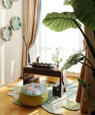 简洁白色阳台装饰设计图片