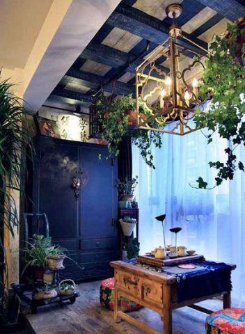 起居室咖啡色吊顶家装设计