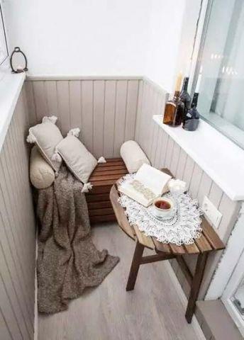阳台咖啡色书桌效果图图片