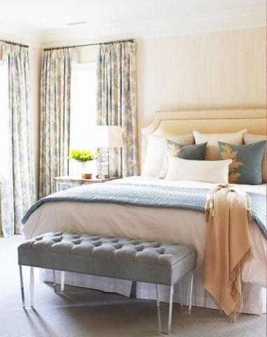 卧室床田园装饰设计