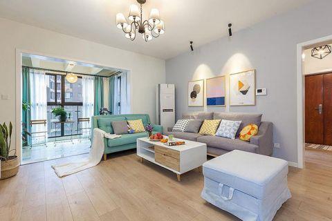 客厅沙发现代简约装修实景图