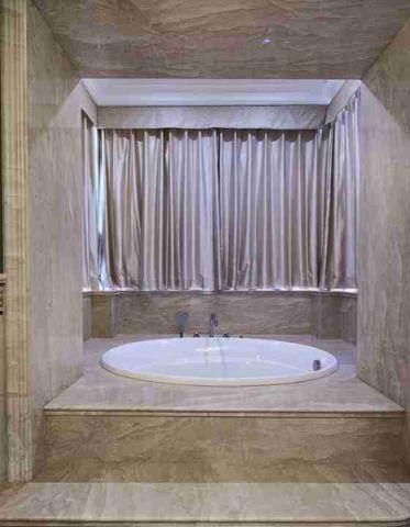 美式浴室浴缸案例图片