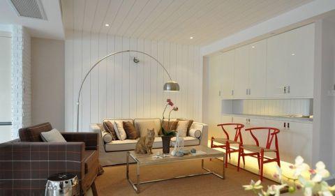 休闲白色客厅设计图