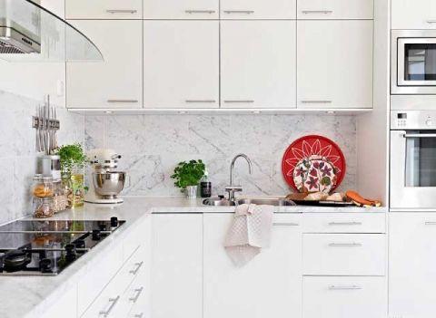 淡雅北欧白色厨房岛台装修实景图