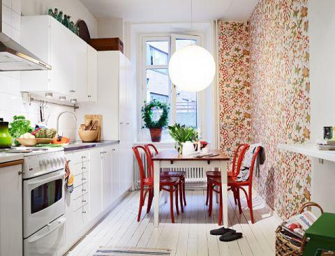 奢华红色厨房室内u乐娱乐平台图片