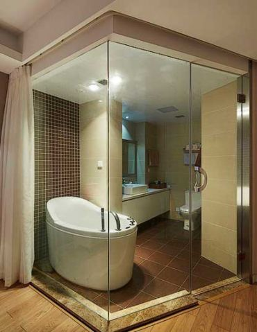 现代欧式浴室浴缸设计图片