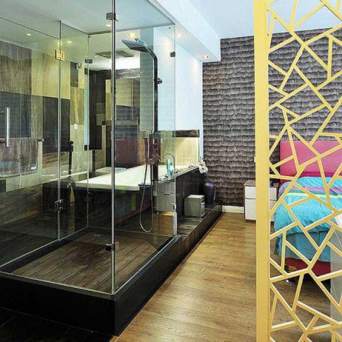 现代简约浴室隔断装潢图