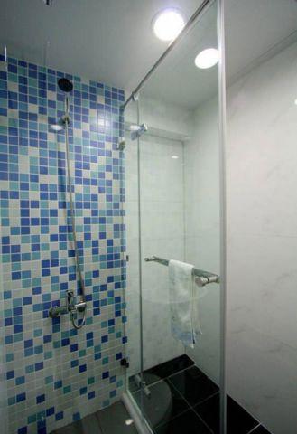 卫生间蓝色背景墙设计图