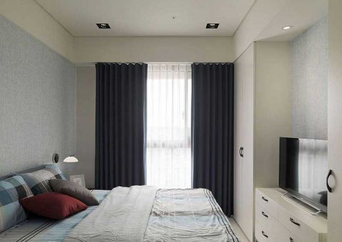 精雕细刻卧室窗帘装潢实景图片